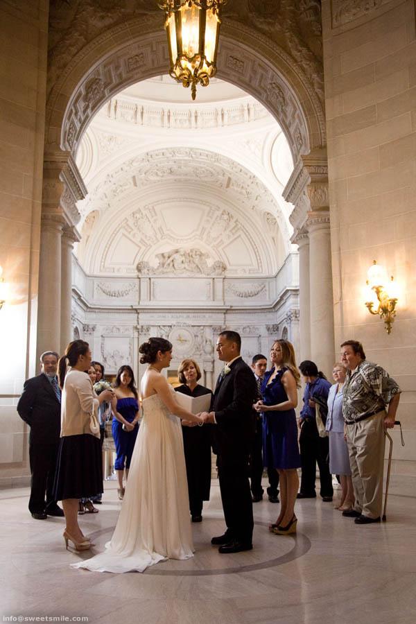 Beryl francisco san francisco city hall wedding a for Sf courthouse wedding